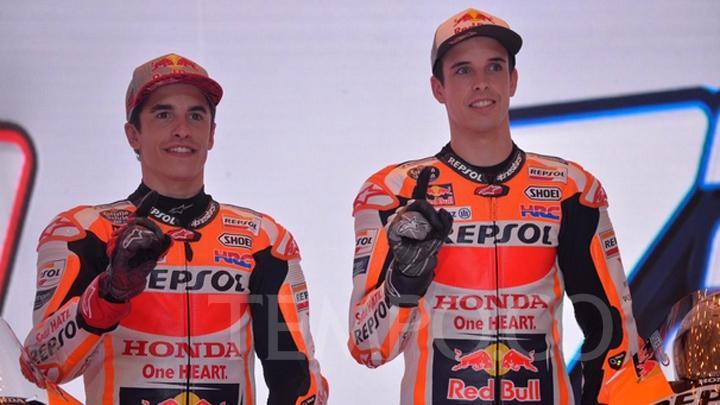 Alex Marquez Berduet Dengan Mark Marquez Di Repsol Honda