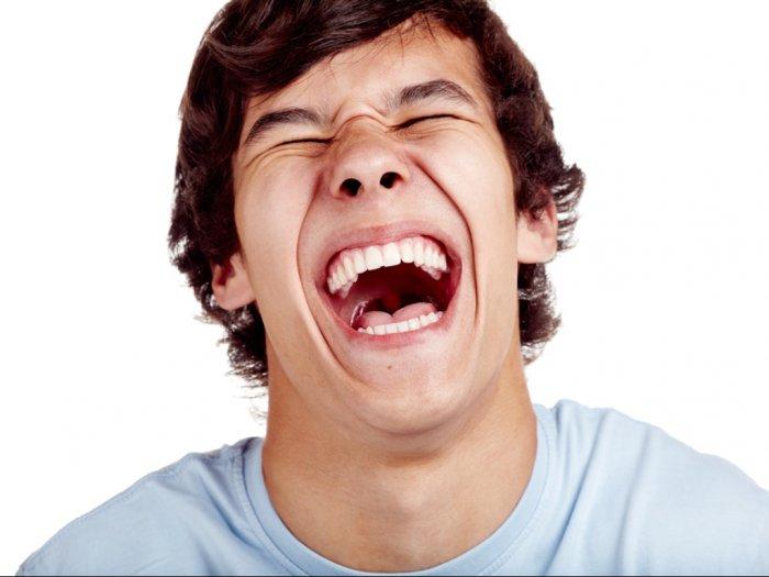 Beberapa Manfaat Kesehatan Dari Tertawa