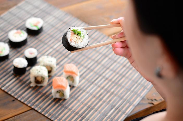 Beberapa Manfaat Jika Konsumsi Sushi Makanan Penuh Nutrisi